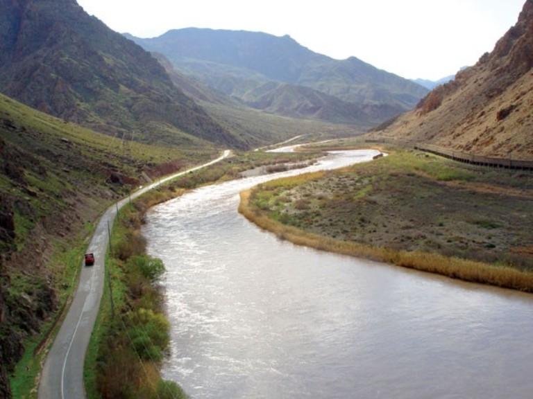 Иран обвинил Армению в загрязнении Араза